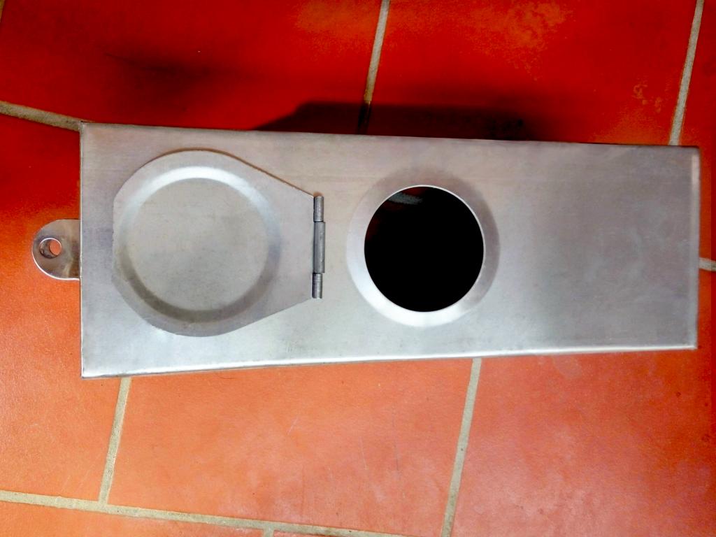 Hộp bảo vệ đồng hồ nước inox 430 Cơ khí Làng Rùa